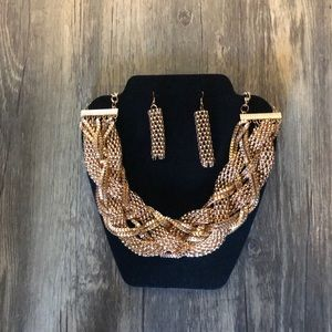 Ladies Gold Colored Necklace & Earrings